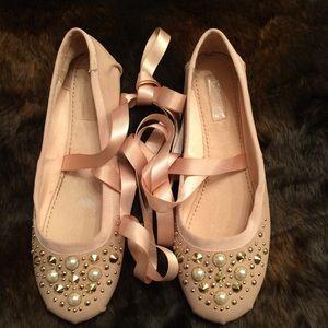 TopShop Kisses Ballet Flat